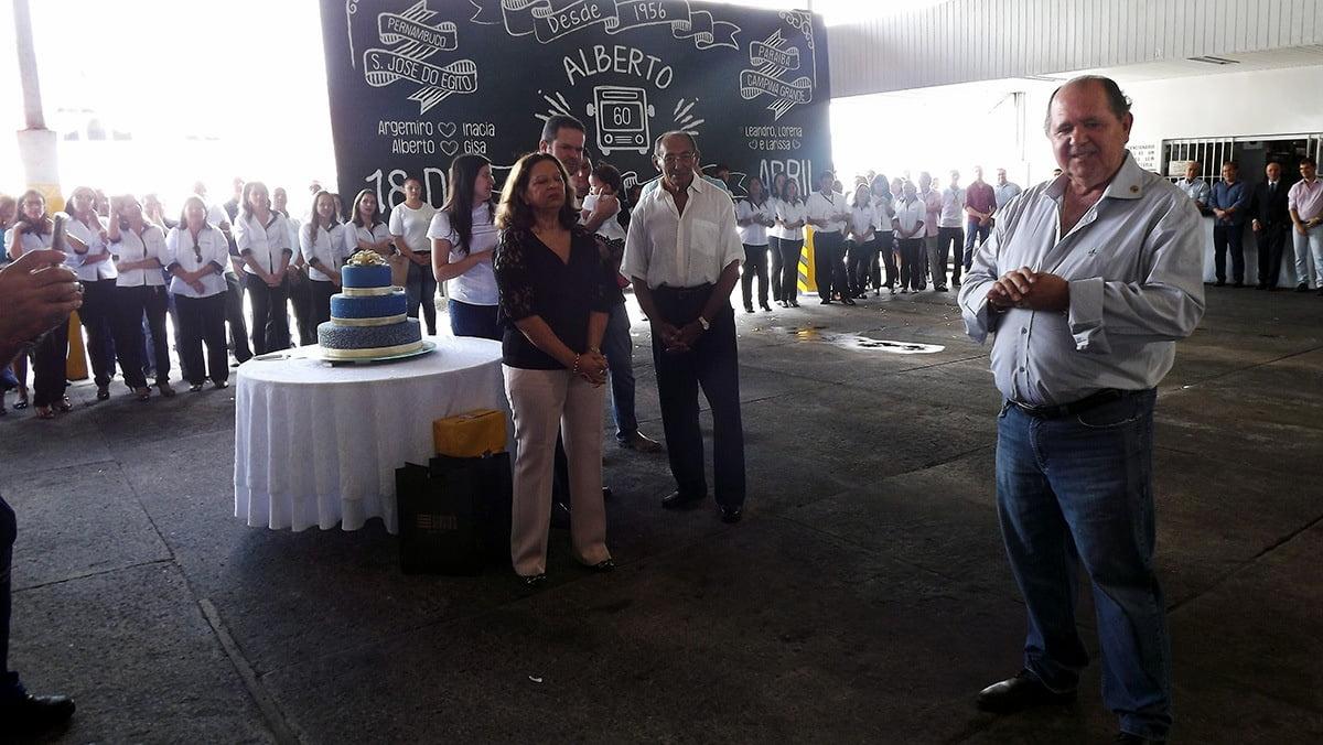 Alberto agradeceu as homenagens