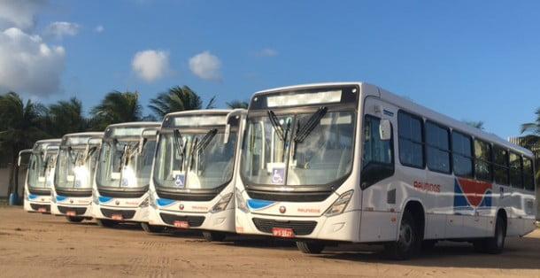 Os cinco novos ônibus são equipados com plataforma elevatória e outros diferenciais
