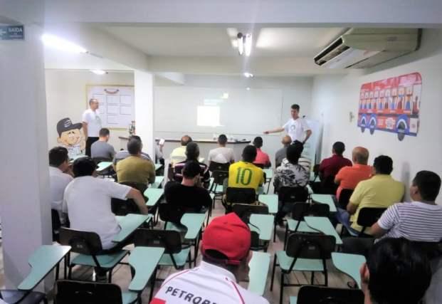Os motoristas foram avaliados e participaram de vários treinamentos ao longo de 2019