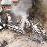 Incêndio atinge garagem de ônibus da São Luiz / Falcão Real e destrói 12 ônibus em Salvador