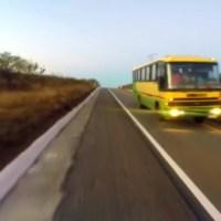 Fantástico flagra precariedade dos ônibus que transportam estudantes universitários de Serra Branca