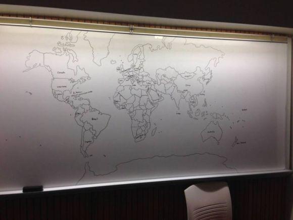 11歳の自閉症の少年が記憶だけで描いた世界地図が完璧だと話題に