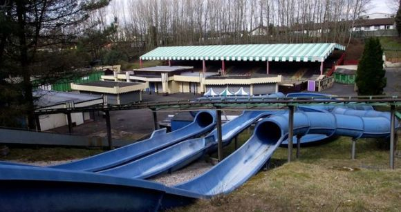 Abandoned-Camelot-theme-park-compressor (3)