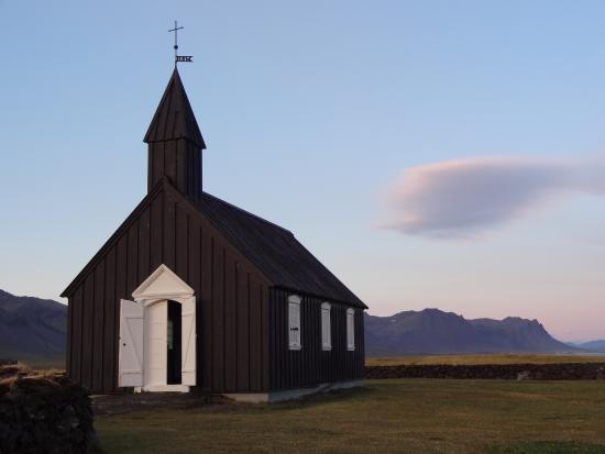 L'église de Budir