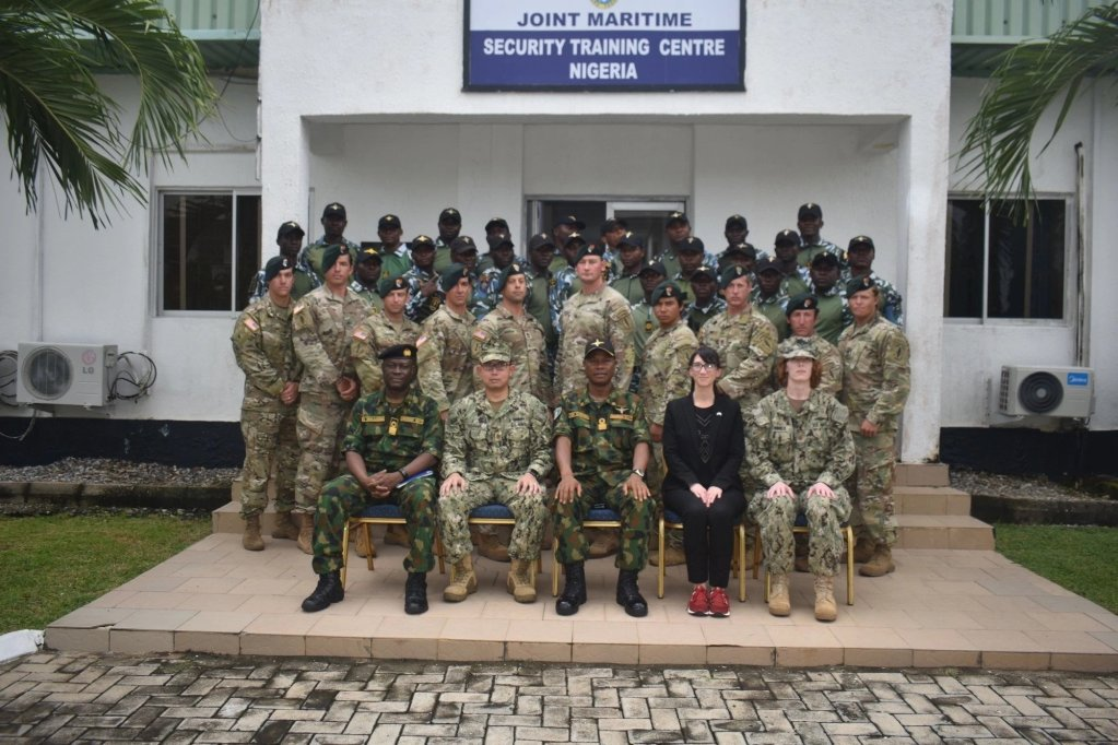 Nigerian Navy officers train with US Army Special Forces