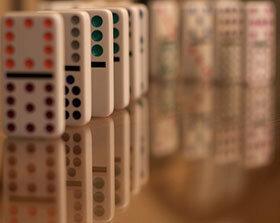 20100326-Dominos-280x223