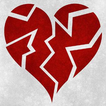 broken-heart-grunge