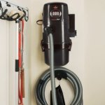 BISSELL-Garage-Pro-WetDry-Vacuum-Complete-Wall-Mounting-System-18P03-Corded-0-1