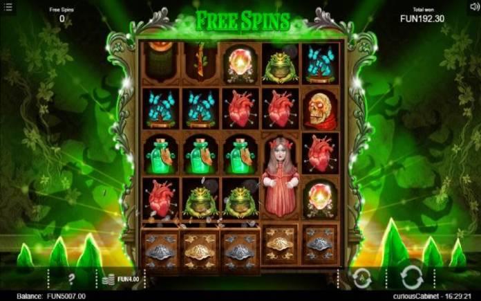 Besplatni Spinovi, Online Casino Bonus, The Curious Cabinet