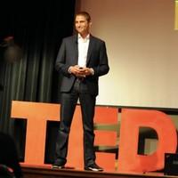 Prof. Chris Haroun top teacher udemy