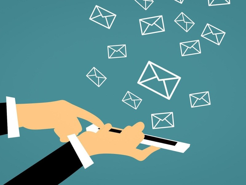 How can you win back customers using SMS marketing