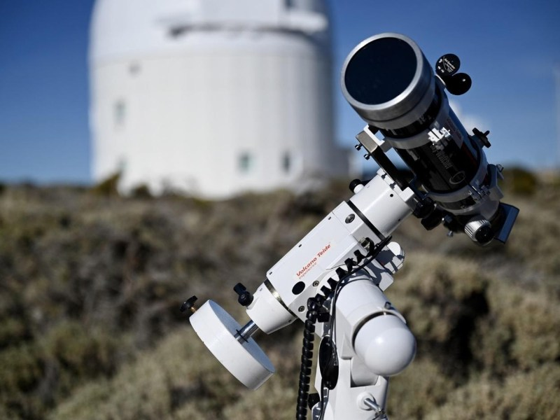 Astrophysics Jobs to Consider (With Salaries and Duties)