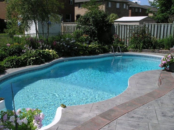 How to Choose a Swimming Pool Design for Your Home 1