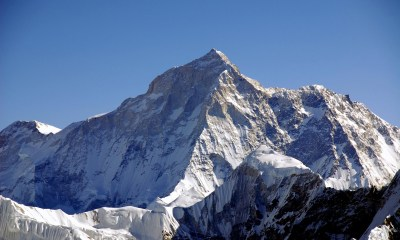tallest_mountains_everest_makalu west face_view from mera