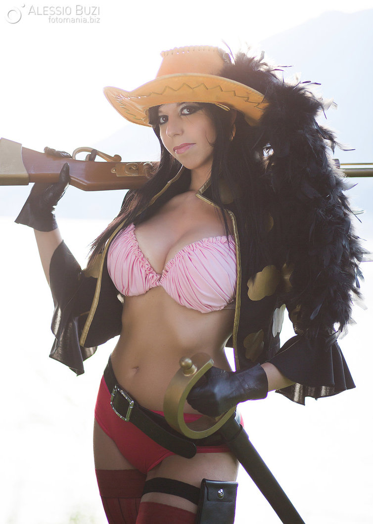 Top 20 Best Nico Robin Cosplay From One Piece Online