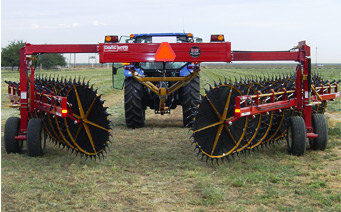 Nikkel Iron Works to Unveil New DARF hay rake model