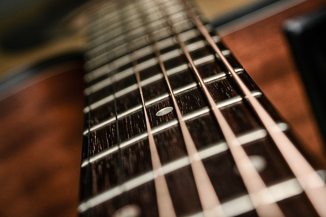 e837b90c2bf2033ed1584d05fb1d4390e277e2c818b4124493f8c878a0e8 640 - Everything There Is To Know About Learning Guitar
