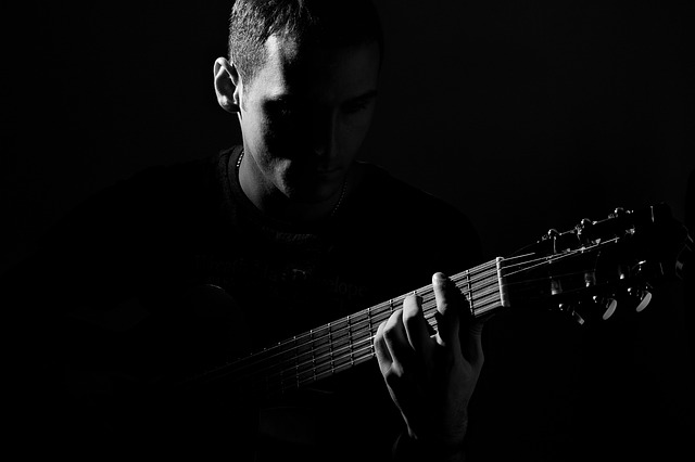 53e9d0454b50b108f5d08460962d317f153fc3e4565672497c2d7fd691 640 - Become The Best Guitar Player Out There!