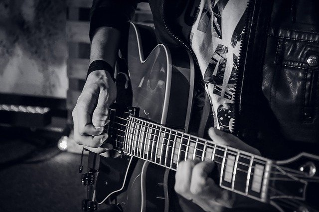 57e3d0474a50ae14f6da8c7dda793278143fdef85254764d702d7bdd914b 640 - When You Need Comprehensive Data On Learning Guitar, Read This