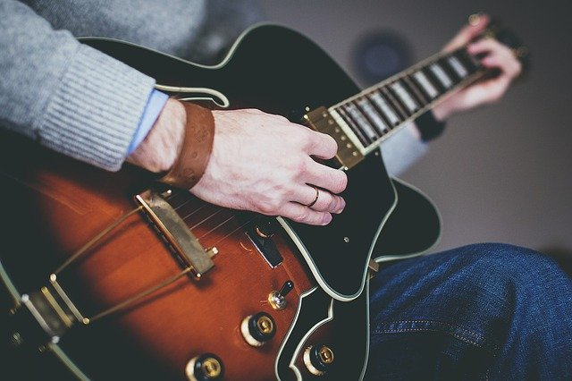 learning guitar the best tips tricks hints and strategies 2 - Learning Guitar: The Best Tips, Tricks, Hints And Strategies