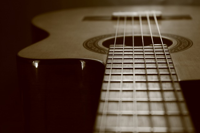 playing the guitar beginner tips and tricks 1 - Playing The Guitar: Beginner Tips And Tricks