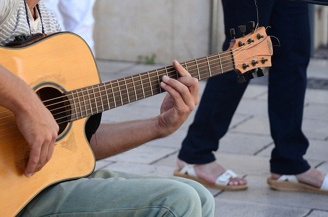 this is the article you need about learning guitar 1 - This Is The Article You Need About Learning Guitar