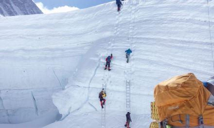 2019 Everest climbing season begins