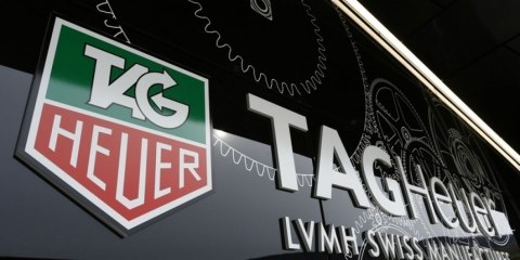 tag-heuer-smartwatch