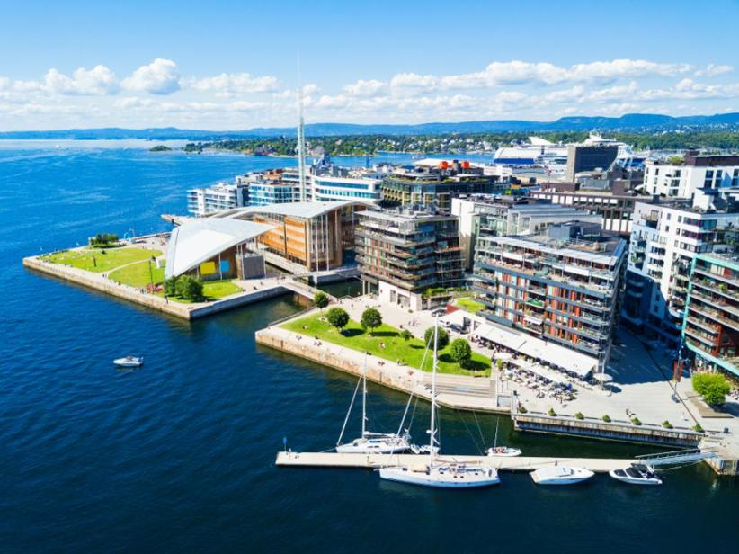 An aerial view of the harbour at the Aker Brygge neighbourhood in Oslo.