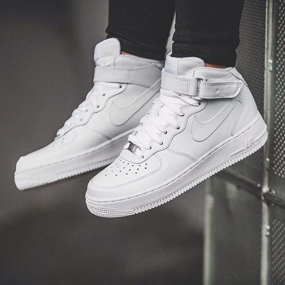 snearker (4)