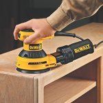 DEWALT-D26453K-3-Amp-5-Inch-Variable-Speed-Random-Orbit-Sander-Kit-with-Cloth-Dust-Bag-0-1