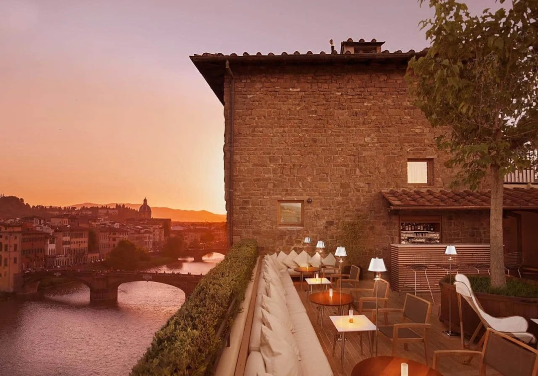 Continentale - Lungarno Collection - luxury hotel in florence, italy