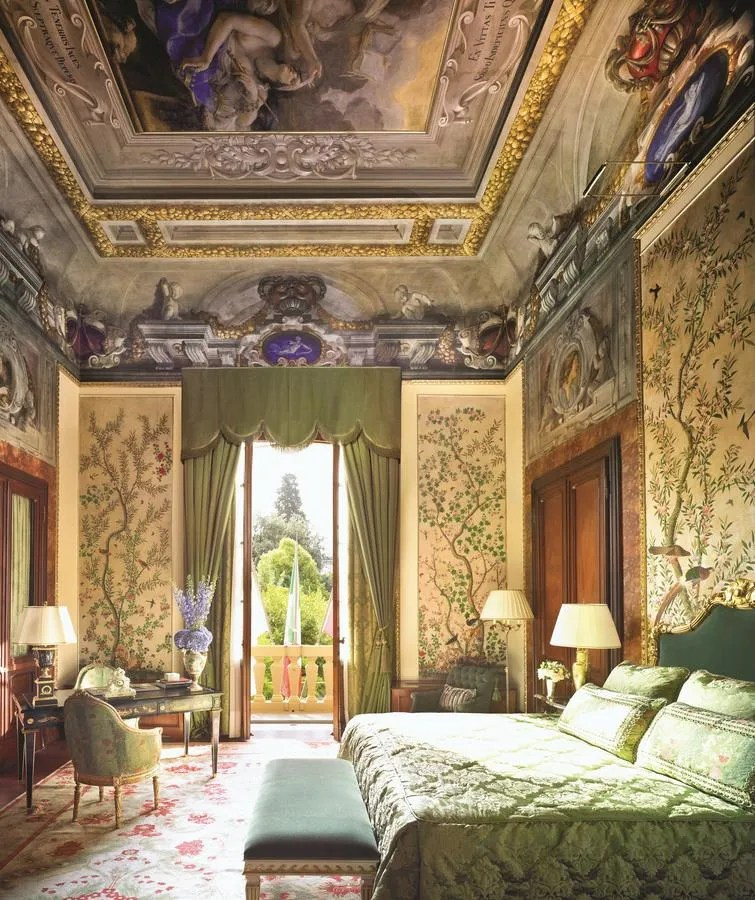 Four Seasons Hotel Firenze - top luxury hotels in Florence Italy with pool