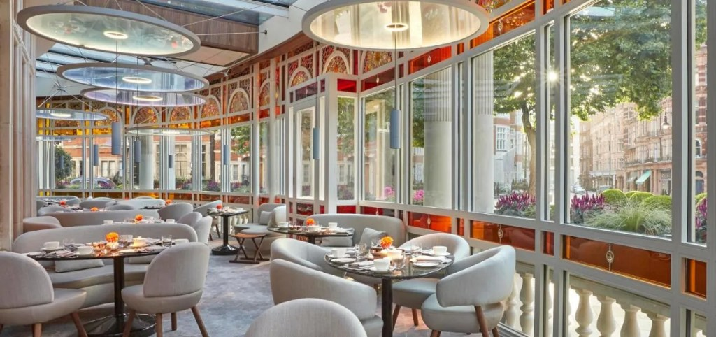 The Connaught - 5-star luxury hotel in Mayfair with michelin star restaurant, central London