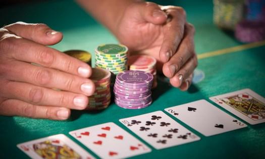 poker strategy choosing a table