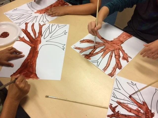 Creatief: Herfstbomen maken met kinderen