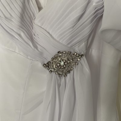 white imoda Greecian style wedding dress | pre-loved wedding dress australia