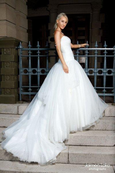 roz la kelin wedding dress   pre-loved wedding dresses australia
