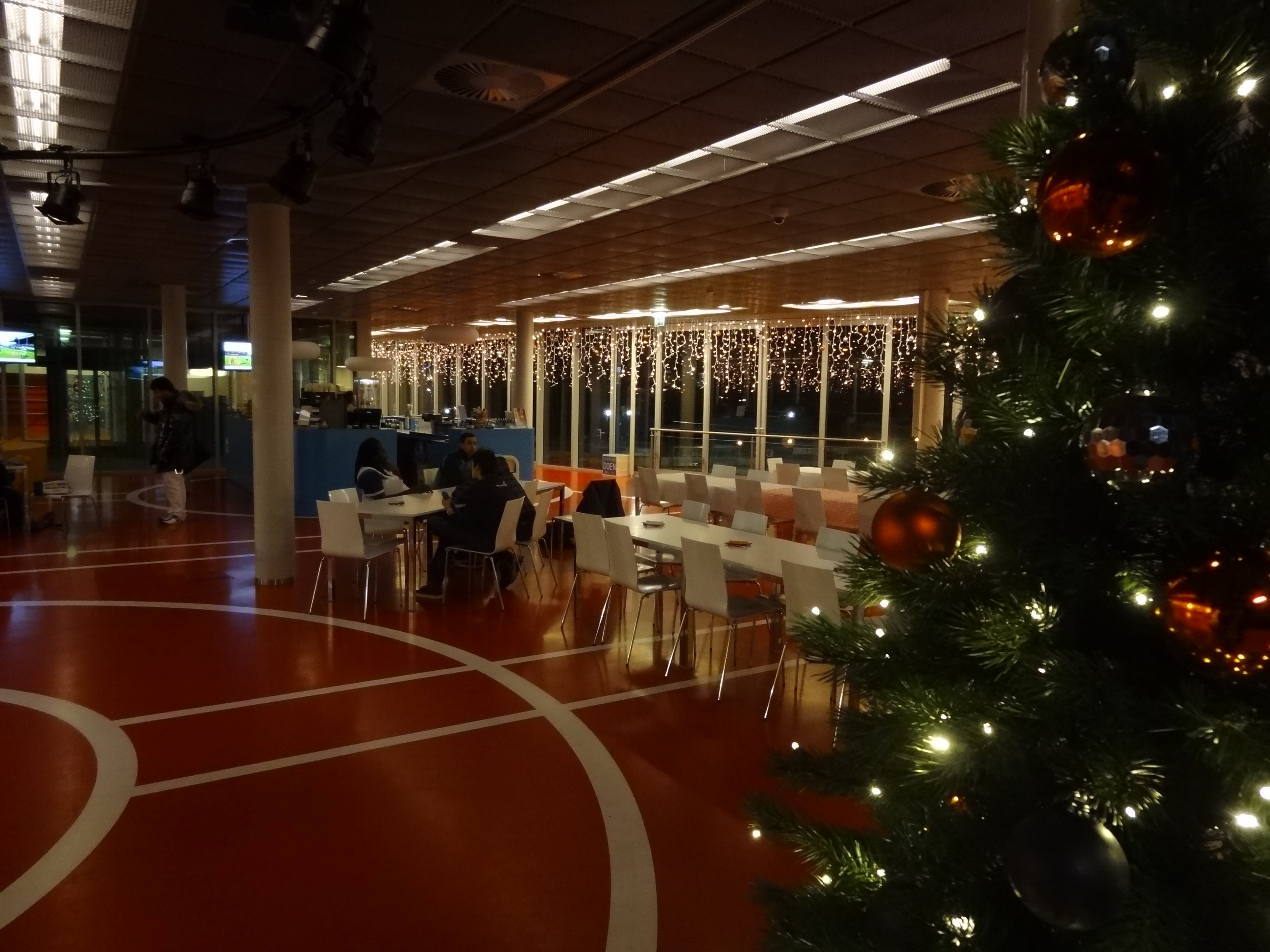 Kerstverlichting in het clubhuis