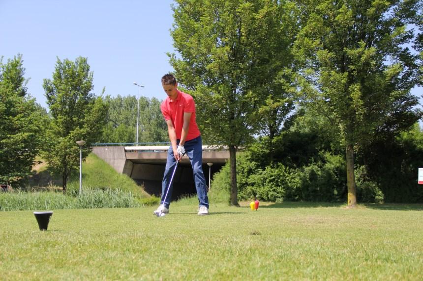 Leer golfen tijdens het Benefiet Golftoernooi 2014
