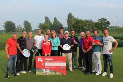 Winnaars van diverse prijzen van de Only Friends Golfdag