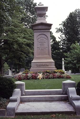 Barnum's grave