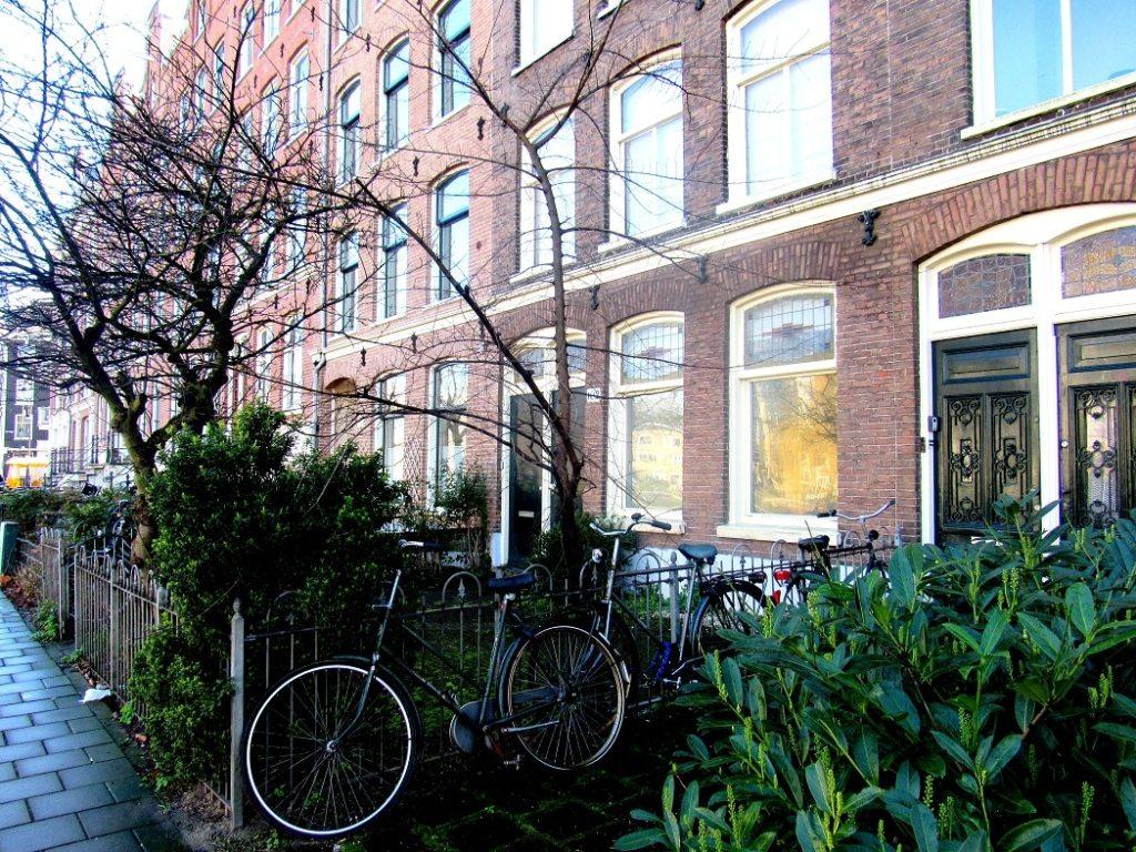 maison typique amsterdam