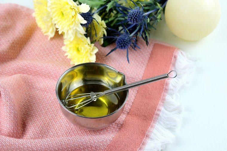 huile de massage maison - only laurie