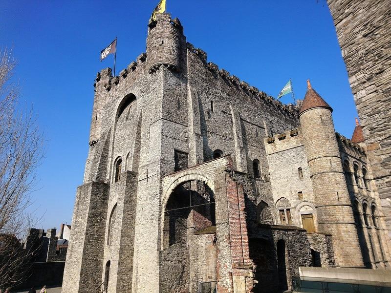 château des comtes de flandres gand - only laurie