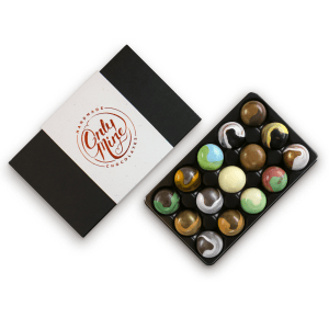 15 Pack Mixed Flavour Chocolate Box