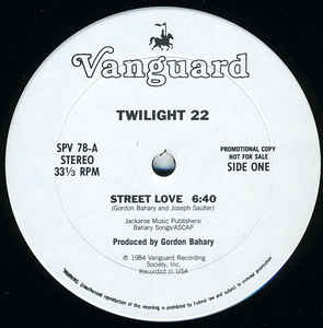 Twilight 22 – Street Love