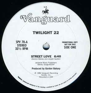 Twilight 22 – Street Love