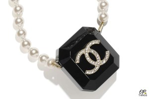'Earbud Drip'- Chanel Debuts $3,650 Pearl Necklace AirPods Case