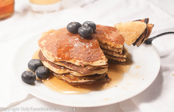 Make #Lemon Ricotta Corncakes/#Pancakes for your #MothersDay brunch. Oh and they are #glutenfree too!
